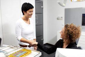 Motivierte Mitarbeiter binden Patienten